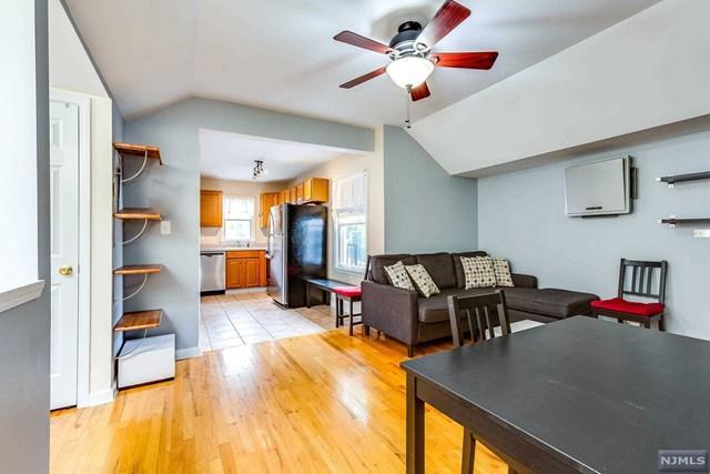 277 3rd Street #4, Jersey City, NJ 07302 (MLS #1933109) :: Team Francesco/Christie's International Real Estate