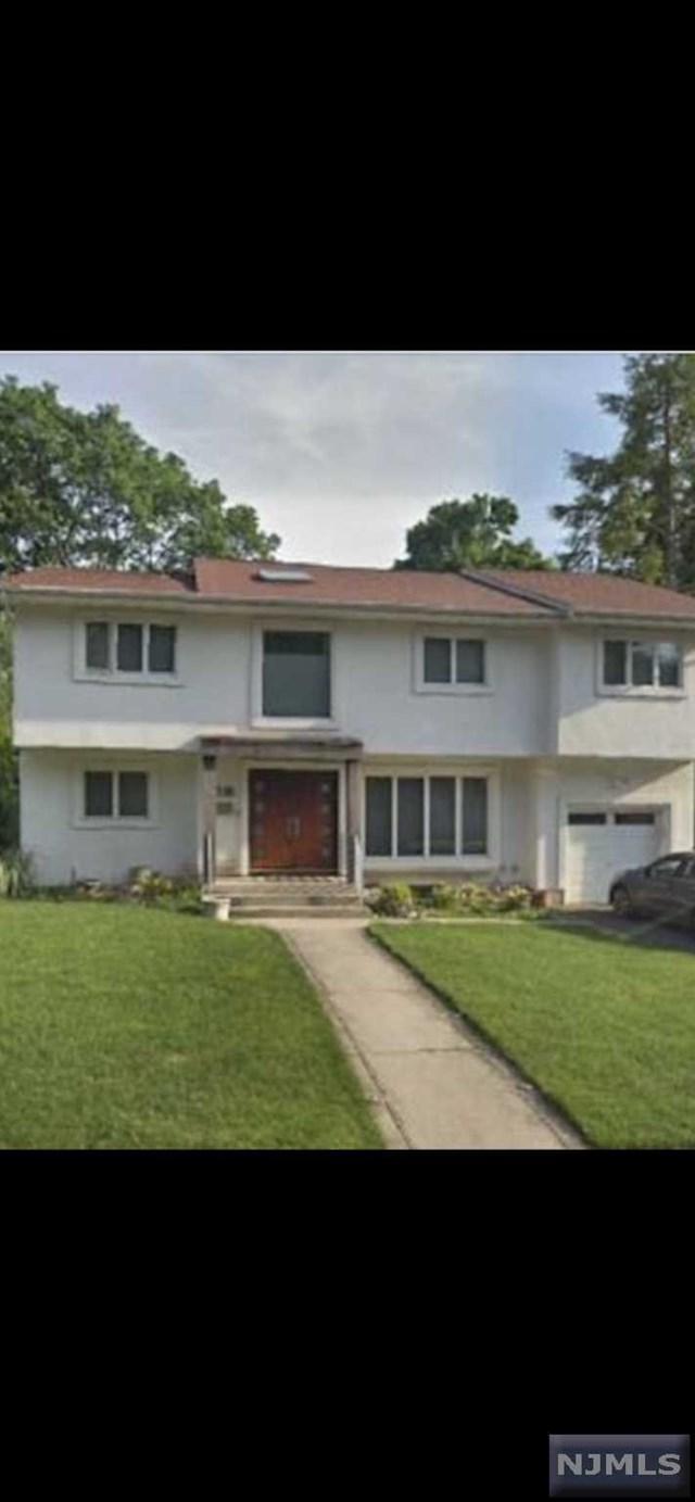 37-01 Lenox Drive, Fair Lawn, NJ 07410 (#1933167) :: NJJoe Group at Keller Williams Park Views Realty