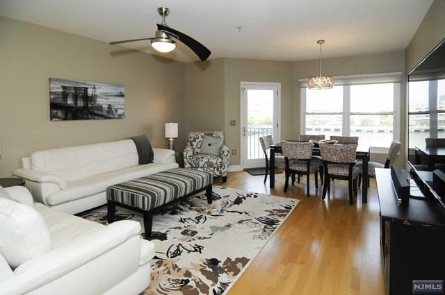 301 The Promenade #301, Edgewater, NJ 07020 (MLS #1933209) :: Team Francesco/Christie's International Real Estate