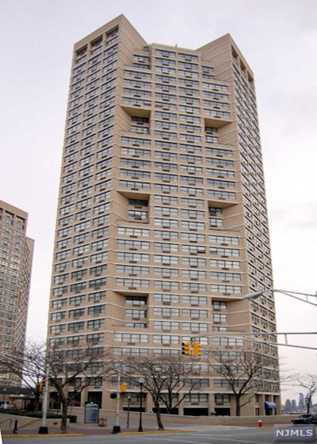7000 Boulevard East 39H, Guttenberg, NJ 07093 (MLS #1933386) :: Team Francesco/Christie's International Real Estate