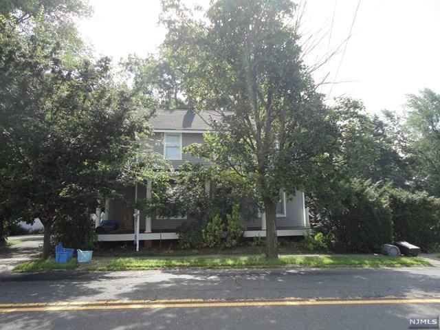 678 Saddle River Road, Saddle Brook, NJ 07663 (#1933468) :: NJJoe Group at Keller Williams Park Views Realty