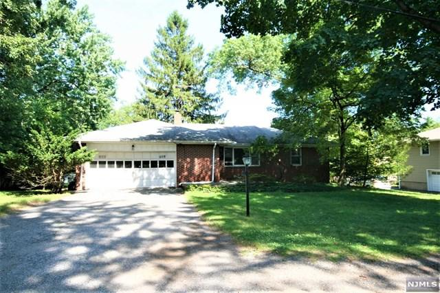 88 Woodland Road, Demarest, NJ 07627 (MLS #1933488) :: William Raveis Baer & McIntosh