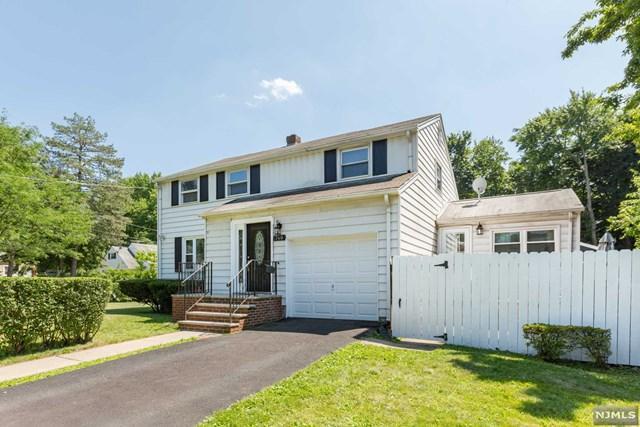 740 Cornwall Avenue, Teaneck, NJ 07666 (#1933692) :: NJJoe Group at Keller Williams Park Views Realty