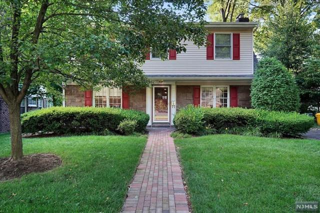 1160 Emerson Avenue, Teaneck, NJ 07666 (#1933743) :: NJJoe Group at Keller Williams Park Views Realty