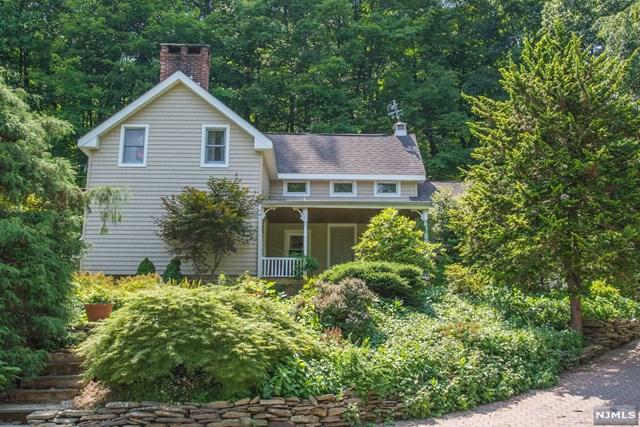 6 Peace Valley Road, Montville Township, NJ 07082 (#1933854) :: The Force Group, Keller Williams Realty East Monmouth