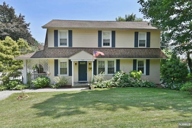 999 Valley Road, Clifton, NJ 07013 (#1933983) :: Group BK
