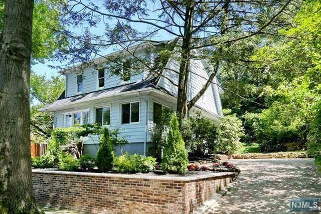 496 Park Avenue, Leonia, NJ 07605 (#1934318) :: Group BK