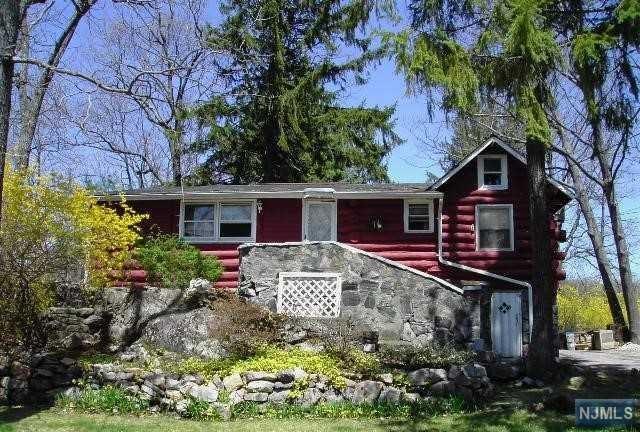 16 Wildwood Street, West Milford, NJ 07480 (#1934442) :: Group BK