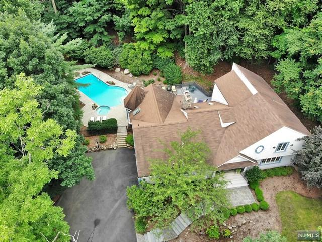 634 Pawnee Lane, Franklin Lakes, NJ 07417 (#1934444) :: Group BK