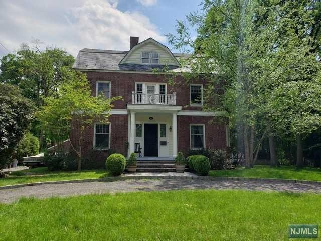 390 Harland Avenue, Haworth, NJ 07641 (MLS #1936500) :: William Raveis Baer & McIntosh