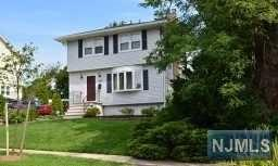 32 Linden Avenue, Montclair, NJ 07042 (MLS #1937196) :: William Raveis Baer & McIntosh