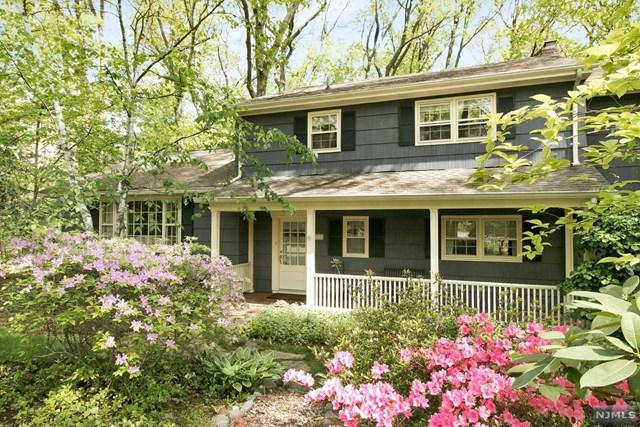 72 Heatherhill Lane, Woodcliff Lake, NJ 07677 (MLS #1937255) :: William Raveis Baer & McIntosh