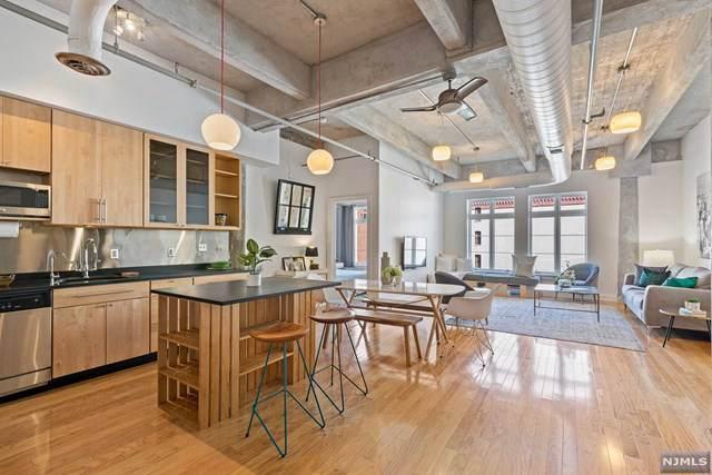 140 Bay Street 6D, Jersey City, NJ 07302 (#1942419) :: Group BK