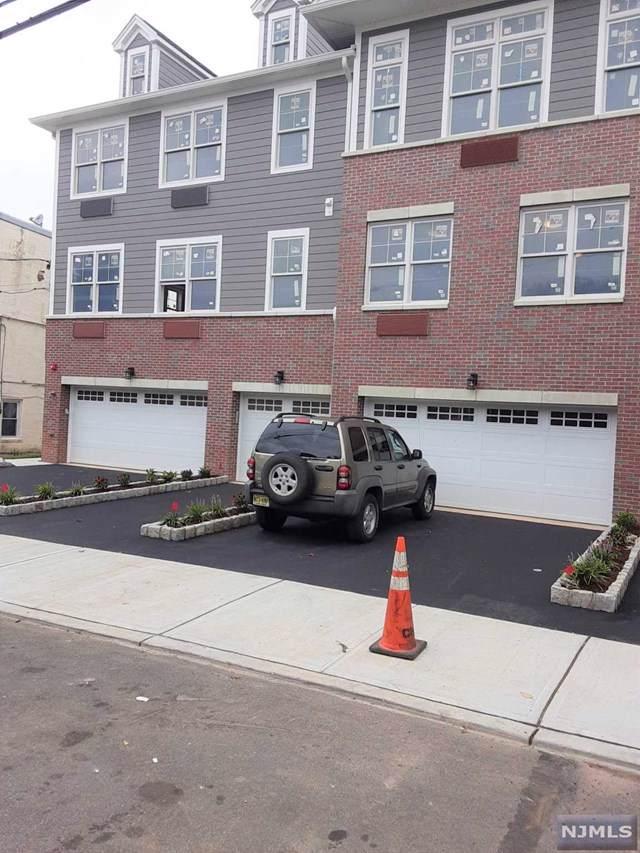 237 Lincoln Avenue #302, Cliffside Park, NJ 07010 (#1942501) :: Group BK