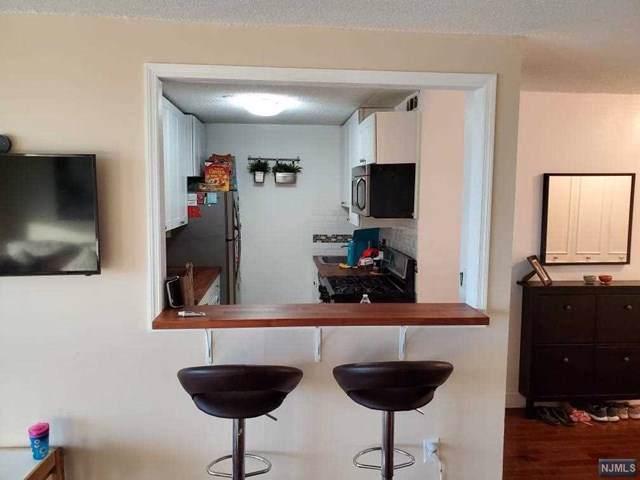 555 North Avenue 15T, Fort Lee, NJ 07024 (MLS #1942561) :: Team Francesco/Christie's International Real Estate