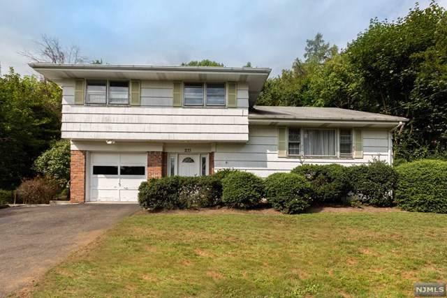 233 Ellin Drive, Park Ridge, NJ 07656 (MLS #1942653) :: William Raveis Baer & McIntosh