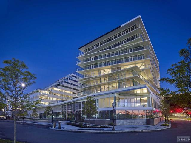 800 Ave At Port Imperial #810, Weehawken, NJ 07086 (MLS #1942726) :: Team Francesco/Christie's International Real Estate