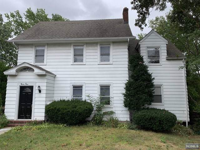 34 S Farview Avenue, Paramus, NJ 07652 (#1942839) :: NJJoe Group at Keller Williams Park Views Realty