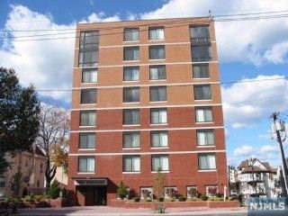 275 State Street 5 D, Hackensack, NJ 07601 (MLS #1942859) :: William Raveis Baer & McIntosh