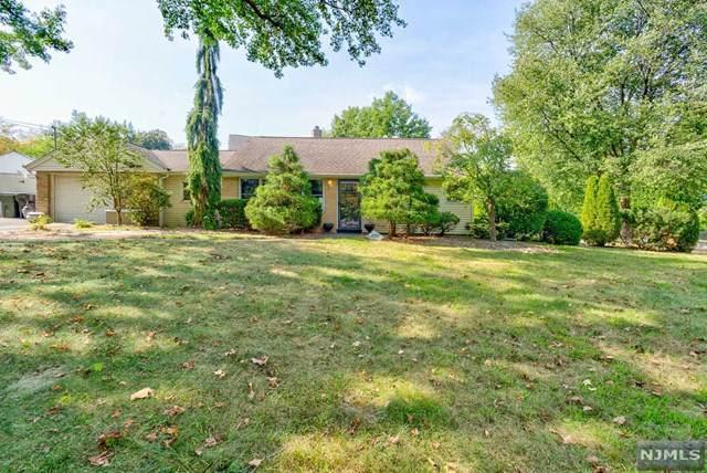 271 Herbert Place, Paramus, NJ 07652 (#1942909) :: NJJoe Group at Keller Williams Park Views Realty