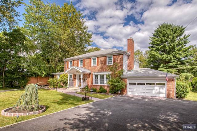 142 W Northfield Road, Livingston, NJ 07039 (MLS #1943230) :: The Dekanski Home Selling Team