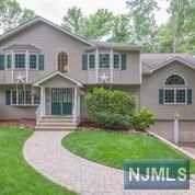 19 Forest Terrace, Wayne, NJ 07470 (#1943354) :: Group BK