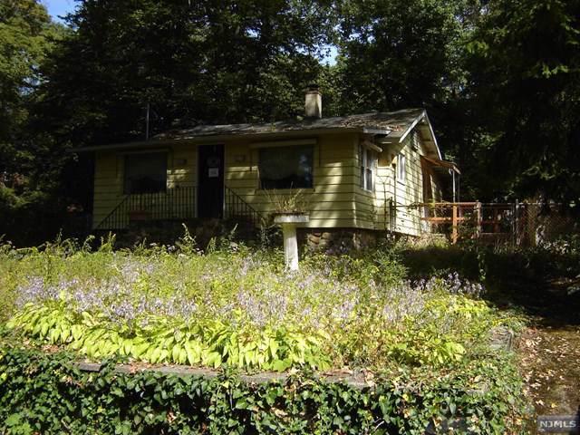 84 Windbeam Avenue, Ringwood, NJ 07456 (MLS #1944143) :: William Raveis Baer & McIntosh