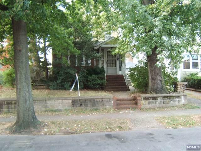 910 Paterson Avenue, East Rutherford, NJ 07073 (MLS #1944246) :: William Raveis Baer & McIntosh