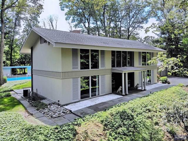 16 Highwood Place, Alpine, NJ 07620 (MLS #1944519) :: William Raveis Baer & McIntosh