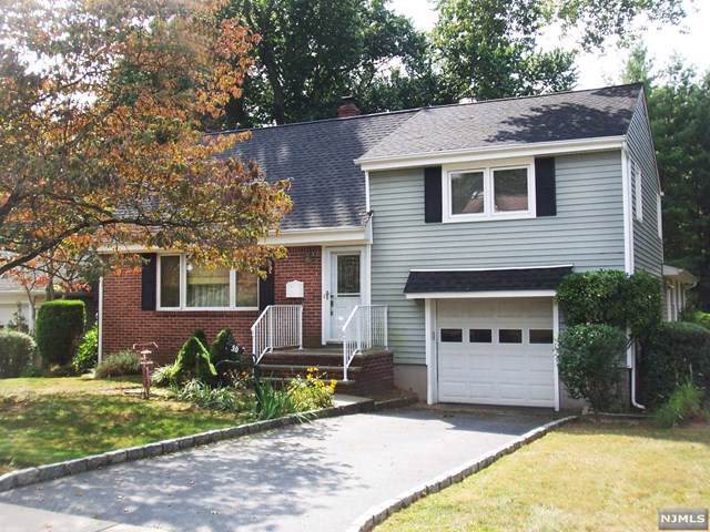 30 Westervelt Place, Cresskill, NJ 07626 (MLS #1946158) :: William Raveis Baer & McIntosh