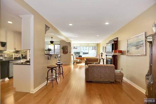 208 Hudson Park #208, Edgewater, NJ 07020 (MLS #1946364) :: William Raveis Baer & McIntosh