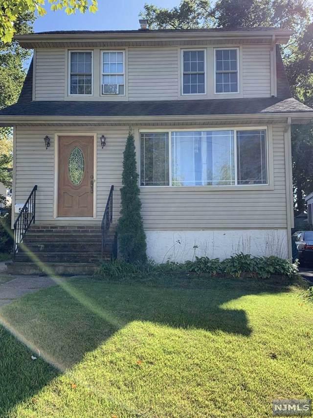 526 Hillcrest Street, Teaneck, NJ 07666 (MLS #1946375) :: William Raveis Baer & McIntosh