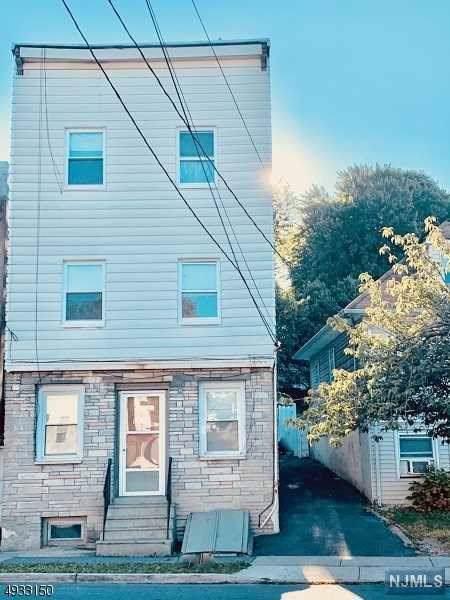 92 Bloomfield Avenue, Nutley, NJ 07110 (MLS #1946742) :: William Raveis Baer & McIntosh