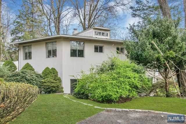 20 Insley Street, Demarest, NJ 07627 (MLS #1947079) :: William Raveis Baer & McIntosh