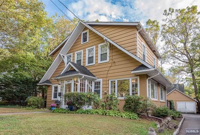 16 Richmond Avenue, Ridgewood, NJ 07450 (MLS #1947183) :: The Dekanski Home Selling Team