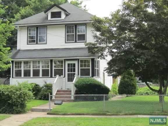 89 Clairmont Avenue, Westwood, NJ 07675 (MLS #1947399) :: William Raveis Baer & McIntosh