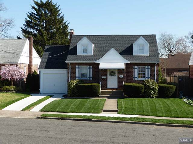 39-26 Sunderland Drive, Fair Lawn, NJ 07410 (MLS #1947622) :: William Raveis Baer & McIntosh