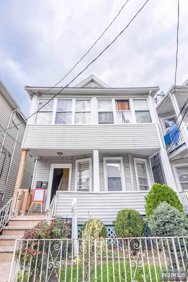 362 Howe Avenue, Passaic, NJ 07055 (MLS #1947729) :: The Dekanski Home Selling Team