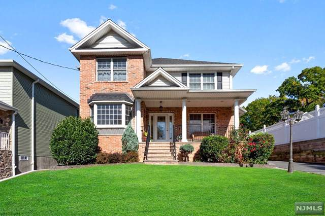 10 Hastings Avenue, Rutherford, NJ 07070 (MLS #1948086) :: Team Braconi | Prominent Properties Sotheby's International Realty