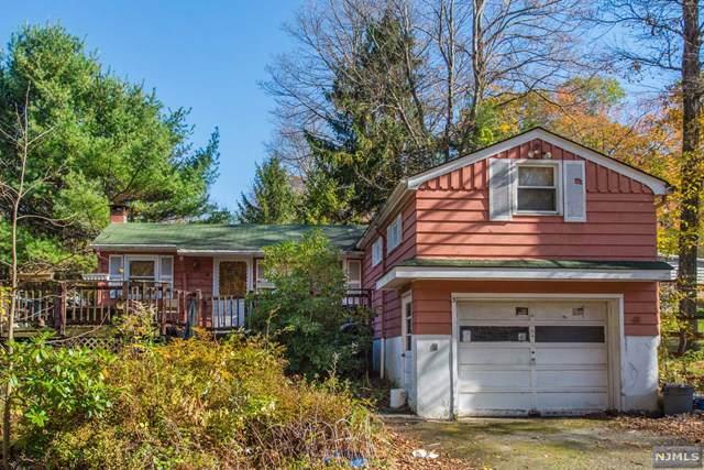 3 Mountain Avenue, Vernon, NJ 07422 (MLS #1949480) :: William Raveis Baer & McIntosh