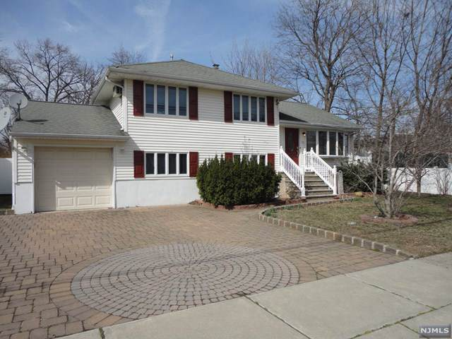 157 Graham Terrace, Saddle Brook, NJ 07663 (#1950168) :: NJJoe Group at Keller Williams Park Views Realty