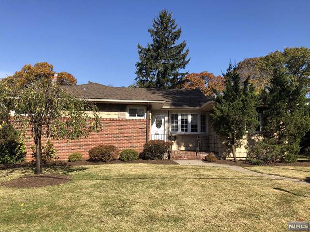 236 Park Avenue, Emerson, NJ 07630 (MLS #1950293) :: William Raveis Baer & McIntosh