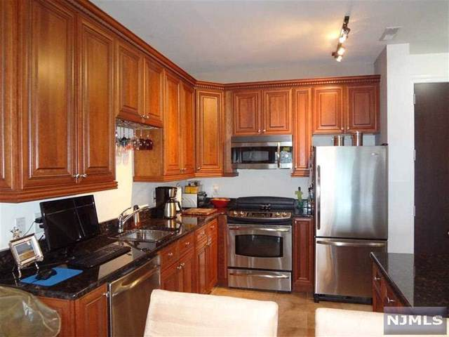 20 Ave At Port Imperial #110, West New York, NJ 07093 (MLS #1950337) :: The Sikora Group