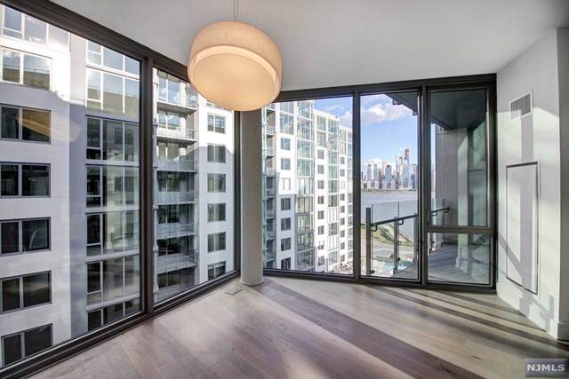 9 Ave At Port Imperial #914, West New York, NJ 07093 (MLS #1951078) :: The Sikora Group