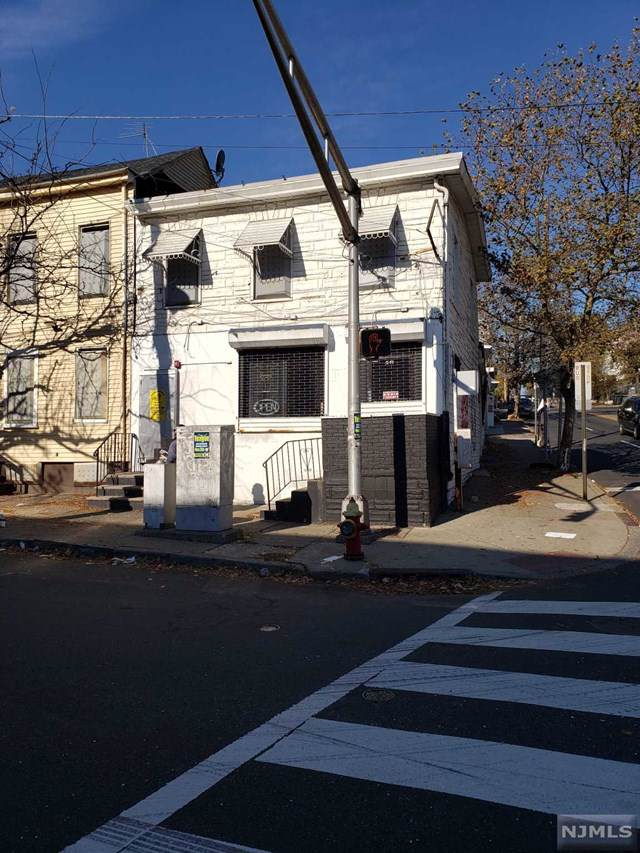 541 Union Avenue - Photo 1