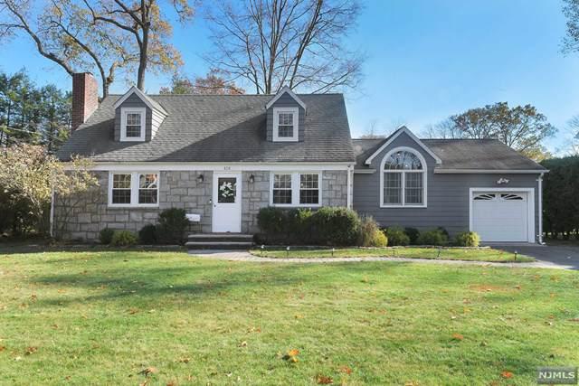 420 Radcliffe Street, Wyckoff, NJ 07481 (MLS #1951496) :: The Dekanski Home Selling Team