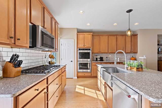 28 Wesmont Drive, Wood Ridge, NJ 07075 (#1951615) :: NJJoe Group at Keller Williams Park Views Realty