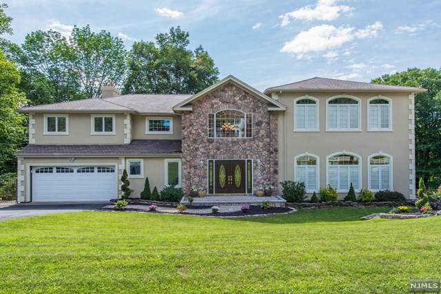 64 Yorkshire Avenue, West Milford, NJ 07480 (MLS #1951712) :: The Dekanski Home Selling Team