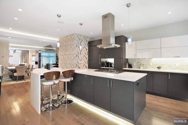 45 Myrtle Avenue A, Edgewater, NJ 07020 (MLS #1951962) :: Team Braconi | Prominent Properties Sotheby's International Realty
