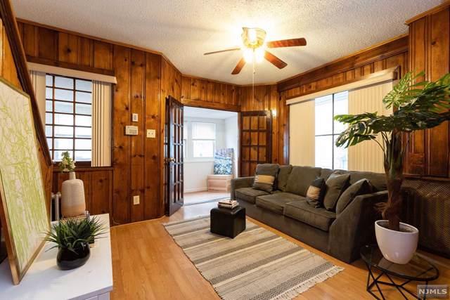 65 Oak Avenue, Irvington, NJ 07111 (MLS #1952203) :: William Raveis Baer & McIntosh